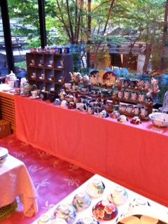 8日陶器市.JPG